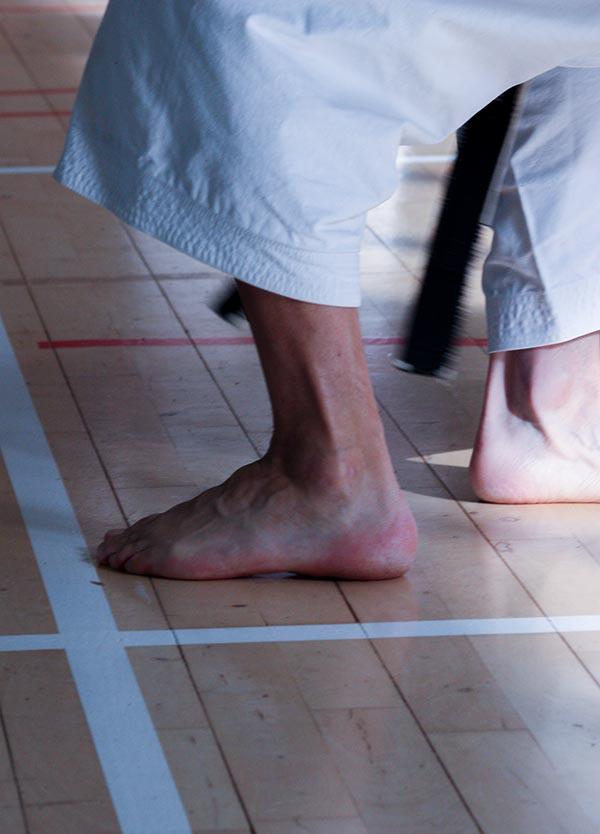 dokan karate voeten