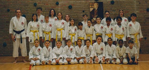 dokan karate eerste examengroep 1999